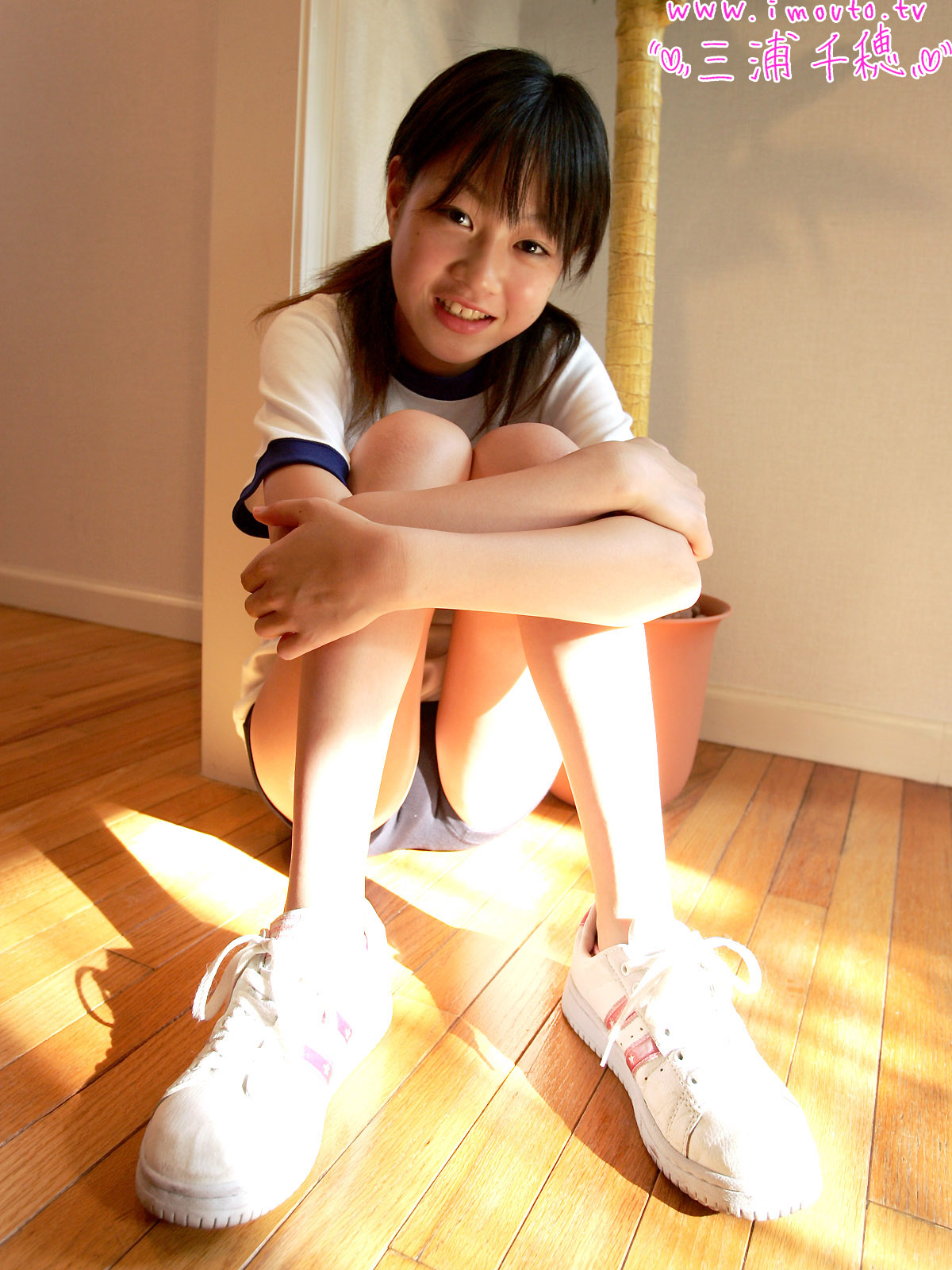 Naked japanese junior idol 9